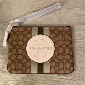 Coach Dempsey Gallery Pouch NWT